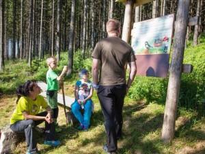 Gry leśne i ścieżka edukacyjna
