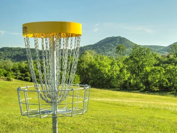Try Disc Golf in Bachledka.